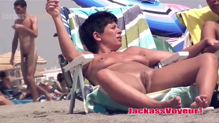 Amateur super hot milfs naked at the beach spycam voyeur