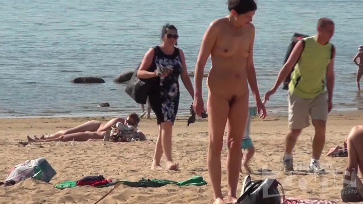 Voyeur beach video south of France